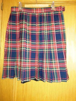 Falda de uniforme colegial