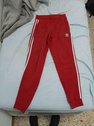 pantalon chandal adidas rojo