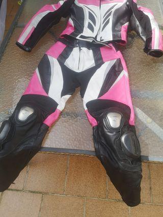 traje moto
