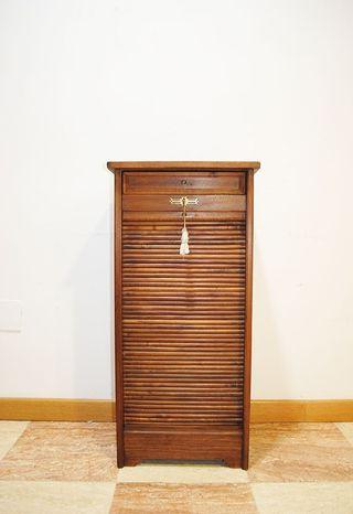 Antiguo mueble archivador con cajon