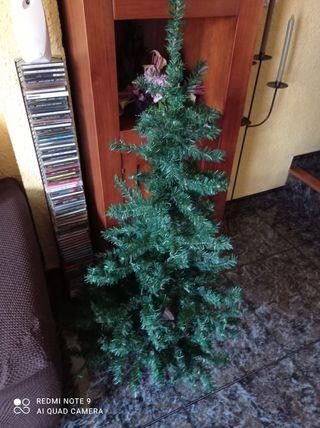 Árbol Navidad y decoración variada