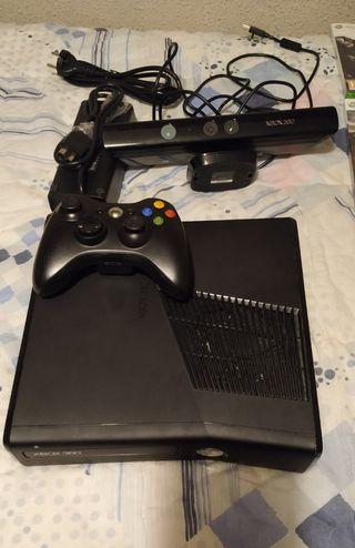Xbox 360 con mando, Kinect y 9 juegos