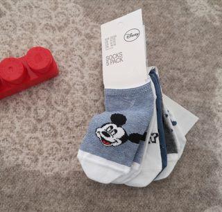 Lote 5 calcetines bebe 22-24 por estrenar disney