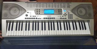 Piano Casio CTK-900