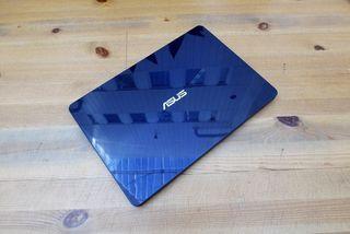 """Portatil Asus Zenbook i7 14"""""""