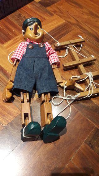 Marioneta de madera Pinocho