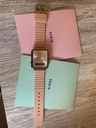 Reloj Tous oro rosa, correa silicona nude