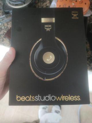 MCM Beats studio