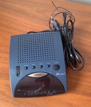Radio-Despertador NEVIR
