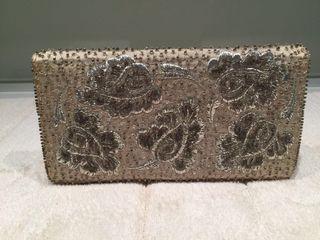 Cluth joya o cartera de mano en plata y cristal