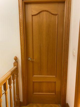 3 puertas macizas roble manilla izquierda