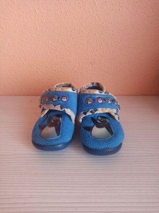Zapatillas de casa número 19