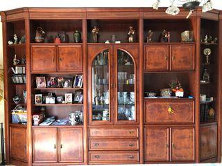 Mueble de comedor. Recogida en Sant Adrià de Besòs