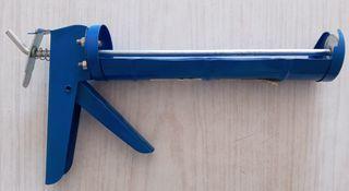 Pistola de silicona nueva