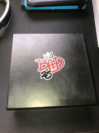 Caja Michael Jackson Bad 25th