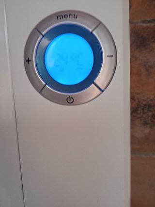 radiador de aire calor azul