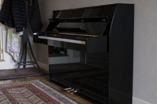 Piano Kawai K-15