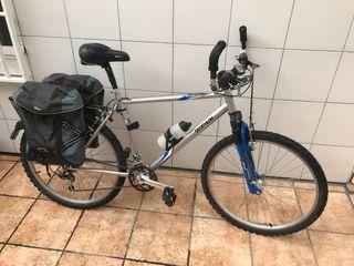 Bicicleta Rockrider 3.2 + Alforjas + Sillín gel