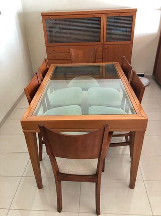 Mueble aparador y mesa extensible con 6 sillas