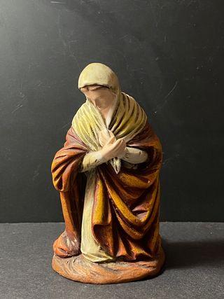 Figura Belén de barro - Virgen - Ortigas