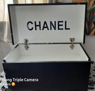 Caja para ropa o zapatos