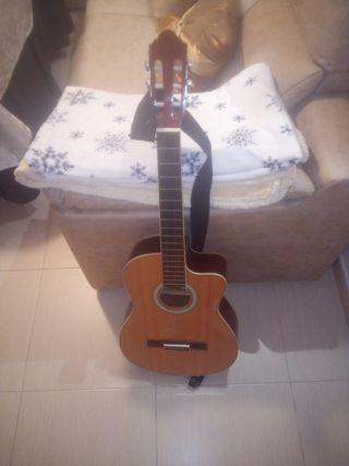 guitarra española electrificada .