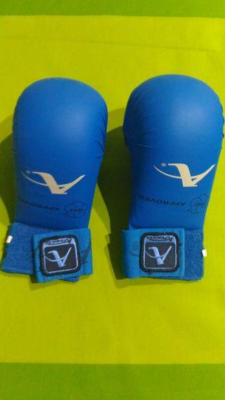 protecciones karate guantillas Arawaza