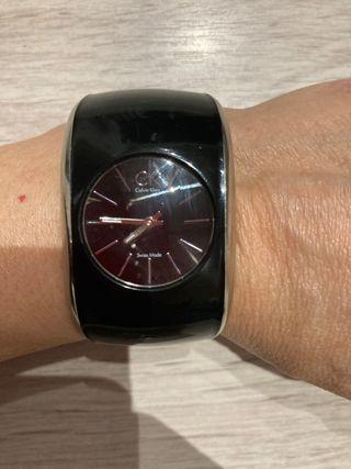 Reloj CK de mujer de pulsera