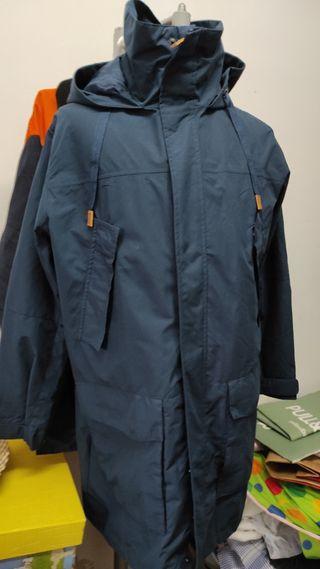 chaqueta impermeable hombre