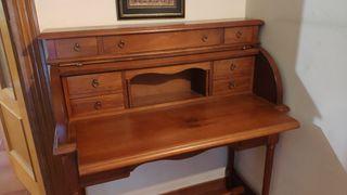 Escritorio madera clásico