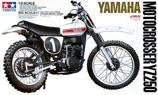 MOTO TAMIYA YAMAHA YZ250 escala 1/6