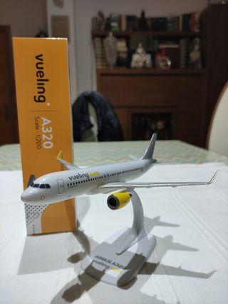 Maqueta Avión A320 Vueling