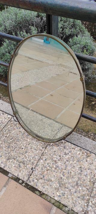 Marco espejo ovalado antiguo de 78x54,50 ctms.