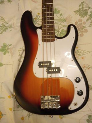 Bajo tipo Fender Precision