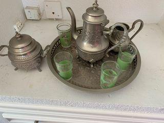 Juego de té moruno de plata