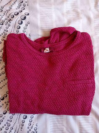 Jersey rojo con encaje