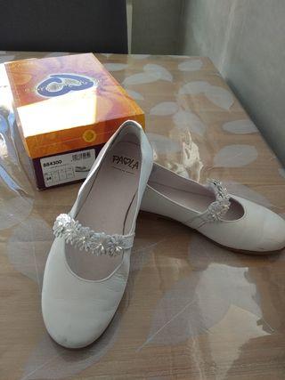 zapatos guantes calcetines comunión
