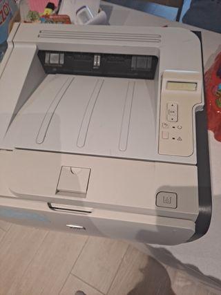 Impresora láser HP Láser Jet P2055dn