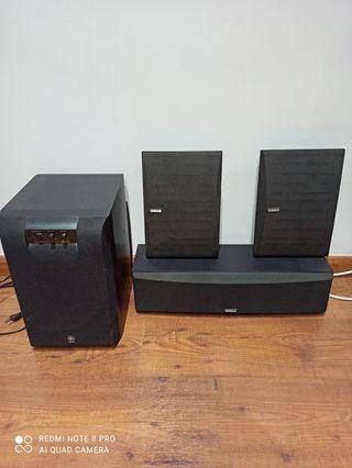 altavoces Yamaha