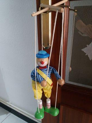 marioneta de cuerdas madera