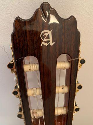 Guitarra española alhambra