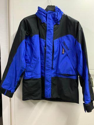 Se vende chaqueta Marmot de GORE-TEX ( nueva )