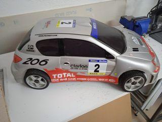 coche RC gasolina.
