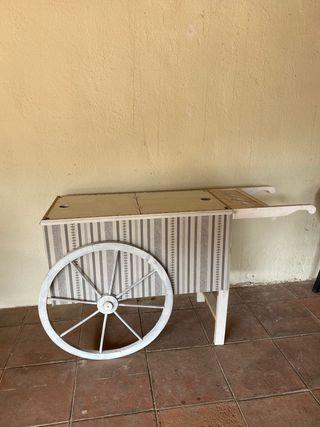 Carro helados de madera hecho a mano