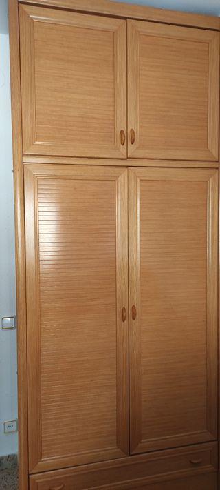 Armario de dos puertas