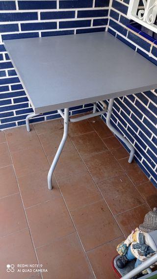 mesa de terraza o jardin