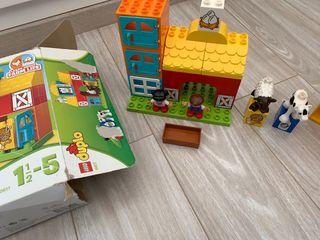 Lote de juguetes Lego Duplo y Playmobil 123 granja