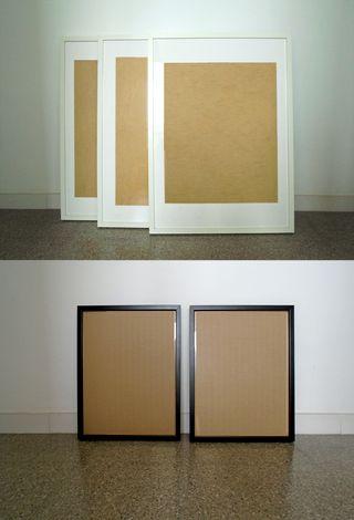 3 marcos Ikea Ribba en blanco y 2 marcos negros
