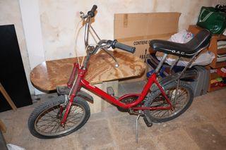 Bicicleta GAC Motoretta Roja