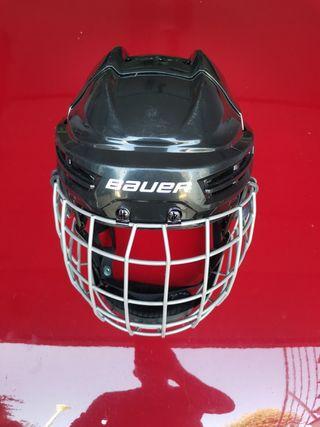 Casco hockey patines niño